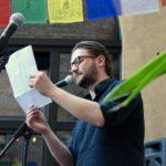 Samson liest beim Fußball Slam Juni 2018 Beyerhaus Leipzig Topical Island Poetry Slam